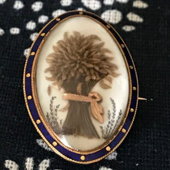 Hairwork brooch of a wheat sheaf